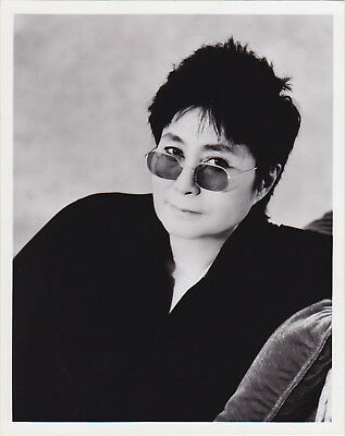 YOKO ONO Poet Performance Artist * Rare VINTAGE c. 1990s press photo ICONIC