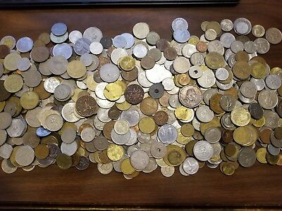 500 Assorted Bulk Lot Of World Coins - Foreign Coins