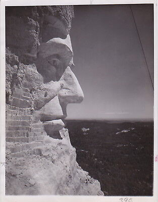 MT. RUSHMORE *ABRAHAM LINCOLN *RARE VINTAGE 1939 ICONIC PRESIDENTIAL press photo