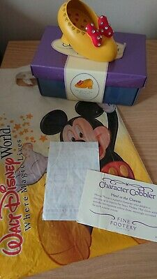 Walt Disney World Character Cobbler Heel to the Cheese Minnie Mouse Shoe