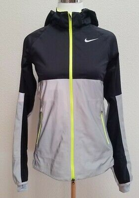 quality design fb868 e3608 Nike Shield Flash Black   Reflective Silver Hooded Running Jacket Women s XS