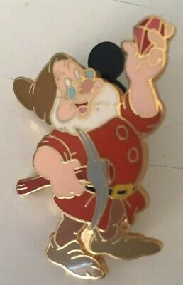 Disney Snow White and the Seven Dwarfs Doc Looking At A Jewel Pin