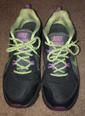 official photos 2fe94 5110e Nike Womens Shoes Wild Trail Running Shoes Size 10 Grey-Green-Purple