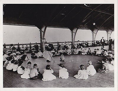 JACOB RIIS New York Kindergarten EXERCISE Lower East Side NYC c1880s press photo