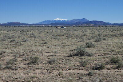 1 Acre lot near GRAND CANYON - 30 min South, campers are allowed!