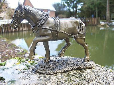 Re0071 Figurine Statuette Reproduction Cheval Clydesdale Style Bronze Percheron