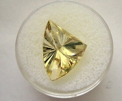 Stunning Faceted Golden Beryl Designer Stone, Original cut, Flawless, 7.84 cts.