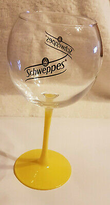 SCHWEPPES - Soda - 1x VERRE A COCKTAIL