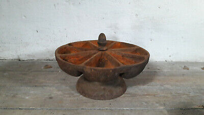 Antique Cobblers Nail Cup Cast Iron Rotating Star Nail Cup Nail Caddy Shoemaker