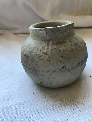 Antique NATIVE MISSISSIPPI MUD SEED CANISTER