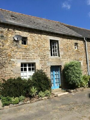 Holiday Cottage (sleeps 6) in Brittany, France. 30 mins from the beach. August