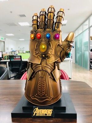 HCMY Thanos Infinity Gauntlet Full Metal 1:1 Wearable Cosplay Statue LED W/Stand