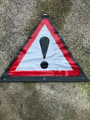 EXCLAMATION MARK ROLL UP ROAD SIGN 83cm x 104cm (SIGN ONLY NO STAND)