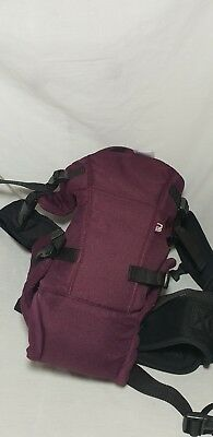 Mothercare baby carrier in burgundy in exelent condition