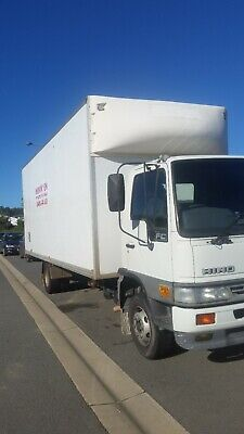 furniture removalist Moving Home In Brisbane -Sunshine Coast-Goldcoast p hour