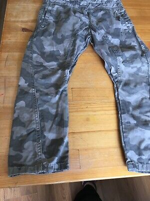 girls next trousers age 6 army print Green/grey