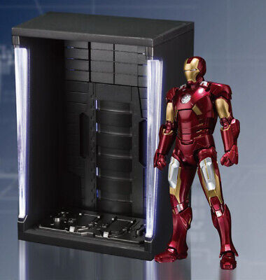 IRON MAN Mark VI & Hall of Armor Set S.H. Figuarts Action Figure Bandai Tamashii