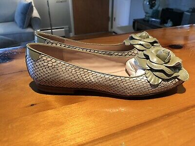 a1795f097eaa2 TARYN ROSE WOMEN'S Size 9 M Loafers Metallic Taupe Bronze Leather ...