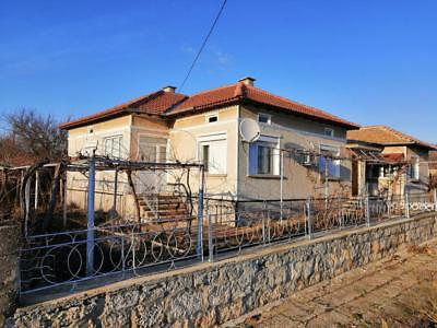 Excellent detached property for sale in Bulgaria.Good location - 30 min to beach