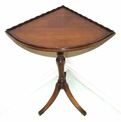 Mahogany Corner Wine Occasional Table Lamp Stand LONGDALE REPRODUCTIONS LONDON
