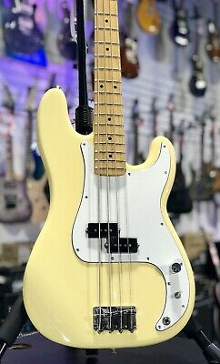Fender Player Series Precision Bass, FREE Ship, Buttercream w/ Maple, Auth Deal
