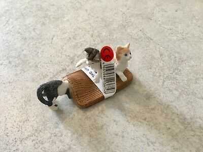 Schleich 13674 Kittens Playing - Retired - New with Tags - Toy Animal Figure