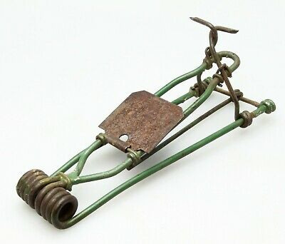 Antique Primitive 2-Claw Wire Spring Snap Mouse Trap