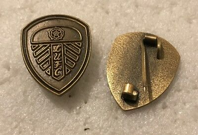 Leeds United Supporter Enamel Badge Antique Bronze Crest Design