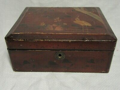 "Old Japanese LACQUERED BOX With Crane To Lid - 7½"" x 6½"" x 3"""
