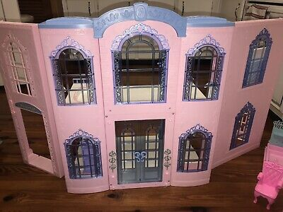 2000 Mattel Barbie Victorian Dream Doll House With Elevator- Nice!