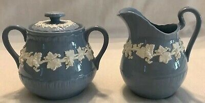 WEDGWOOD QUEENSWARE Shell Edge Cream On Lavender CREAMER & SUGAR BOWL With LID