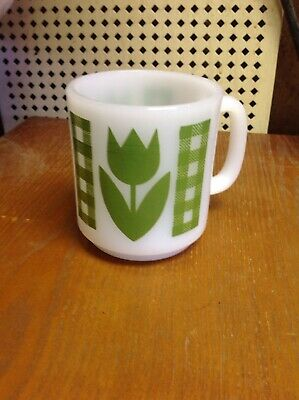 Vintage Retro Green Gingham Plaid Tulip Coffee Cup Glasbake Milk Glass