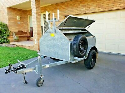 Tradesman Enclosed Galvanised Trailer 6 x 4 Ex Telstra