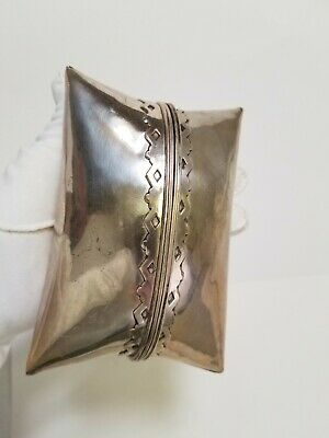 Unique Antique Vintage Silver Plated Brass Metal Pouch Detailed Puffy Purse