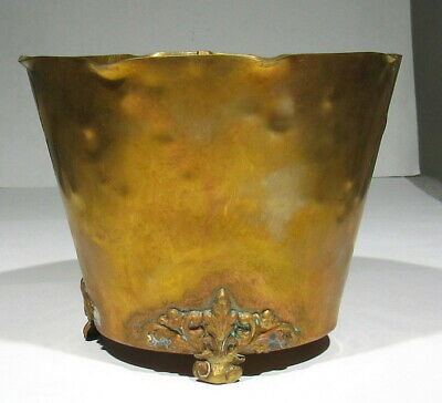 Vintage Signed Colonial Virginia Hand Hammered Copper Brass Footed Ice Bucket