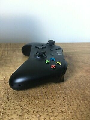 Microsoft (4N6-00003) wireless Video Game Controller for Xbox One