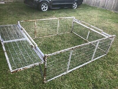 Trailer cage