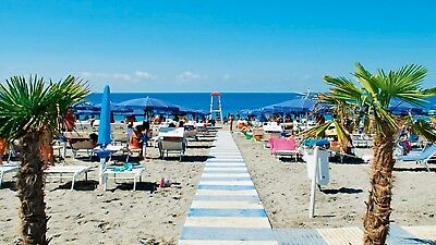 Seaside property real estate Italy for sale. 2bed apartment opposite beach #212