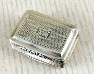 Antique Solid Silver  SMALL VINAIGRETTE  Hallmarked:- Birmingham 1827