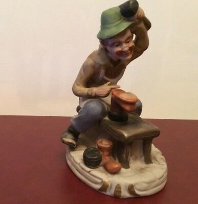 9f1598ebb472e A VINTAGE PRIORY Castings Traditional Characters Cobbler Figurine ...