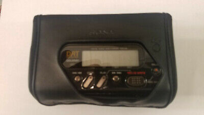Sony TCD-D8 Walkman DAT Recorder Mint Condition with Microphone