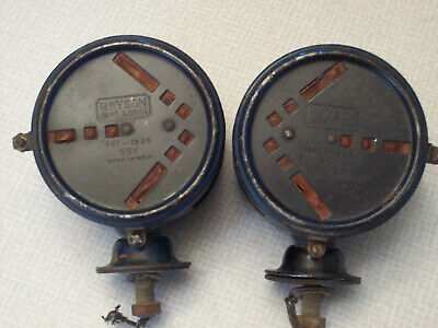 1936 Royson 55Y hooded arrow signal lights PAIR, double face