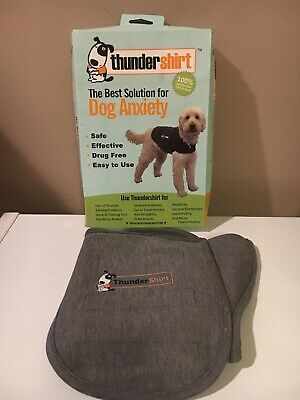 ThunderShirt HGL-T01 Classic Dog Anxiety Jacket Large - Solid Grey. 41-64 lbs