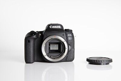 Canon EOS 77D in Near Mint condition!
