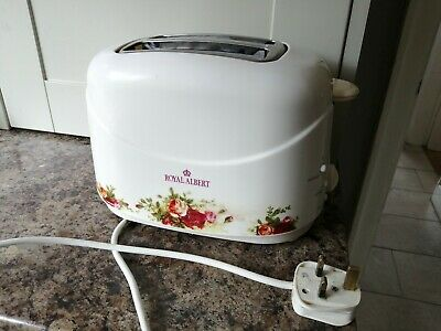 Royal Albert Old Country Roses Toaster.