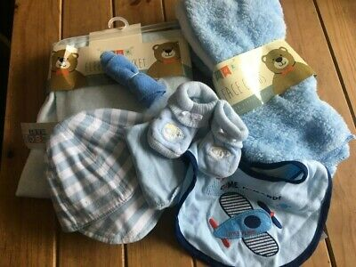 Nappy Cake Items.blue white baby boy accessories
