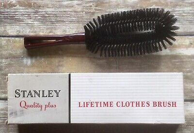 Vintage Stanley Home Products Westfield MA. Brown Handle Quality Clothes Brush