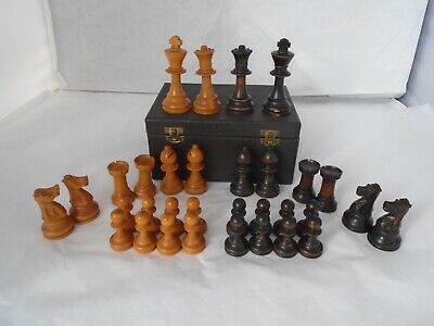 "VINTAGE 1920 30's  STAUNTON STYLE WOODEN CHESS SET boxed pieces ,King 3"" high"