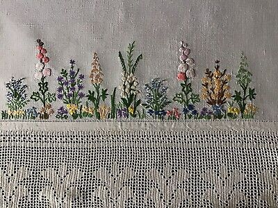 Gorgeous Vintage Irish Linen Hand Embroidered Tablecloth ~ Floral Garden/Lace
