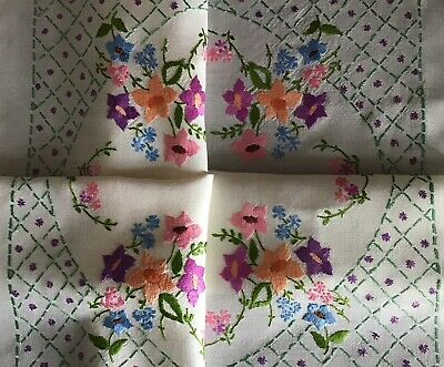Gorgeous Vintage Hand Embroidered Tablecloth ~ Pretty Florals/Trellis Work